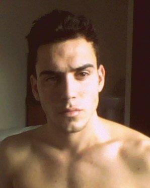 Profile picture for user Barthros